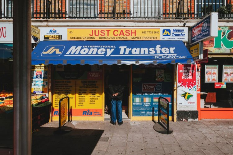 best way to send money internationally