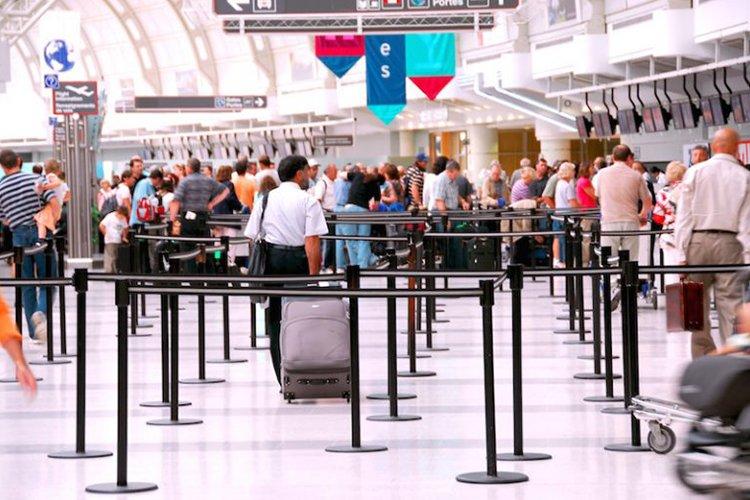 smart travel hacks travelers